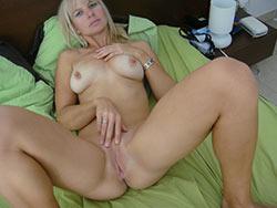 Hot amateur wife after-sex selfie