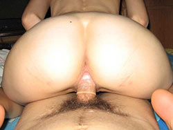 Honeymoon sex pics with a hot amateur bride