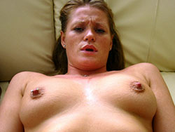 Kinky MILF slut home sex pics