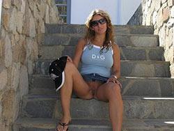 Hot wife public nudity pics