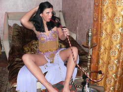 Hot nudes from a real Arab wife