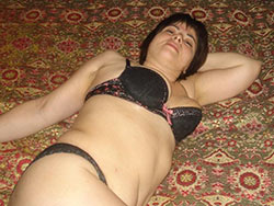 Chubby amateur wife cock-sucking pics