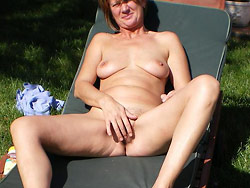 Mature wife outdoor sex pics