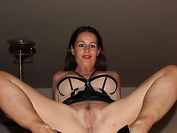 Nude pics of a rich MILF wife