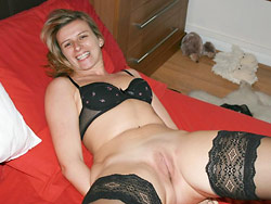 Nude pics of a cuckolding slut