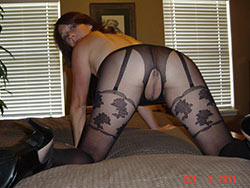 Amateur wife in sexy lingerie