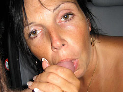Public sex pics with an older amateur wife