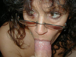 Mature wife gives a great blowjob