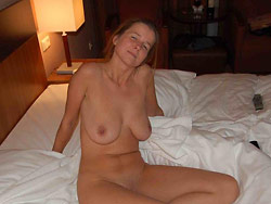 Homemade sex photos with a real amateur MILF