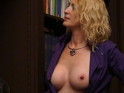 User-submitted pics of amateur wife naked in public