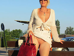 Amateur wife is naked in public