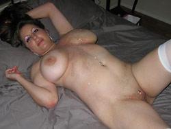 Big-tit amateur wife nudes