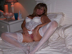 Naked pics of a mature mom