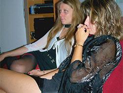 Threesome with hot amateur wives