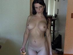 Nude pics of a single mom